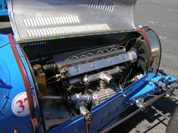bugatti engine