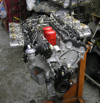 365GTC/4 engine